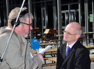 Click on the picture for the live interview Arne Kristian Gansmo made with me. Photo by Siniša Ninić.