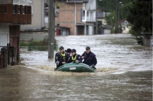 Serbia has not seen such a disaster since the war in 1999. Please help the Serbian people with donations. Србија није видела овакву катастрофу од рата 1999. Молим вас помозите српском народу донацијом. Photo by Dado Ruvic, Reuters.